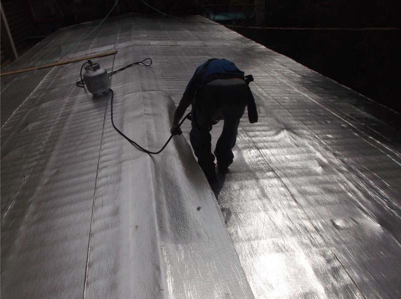 Impermeabilização de telhado metálico